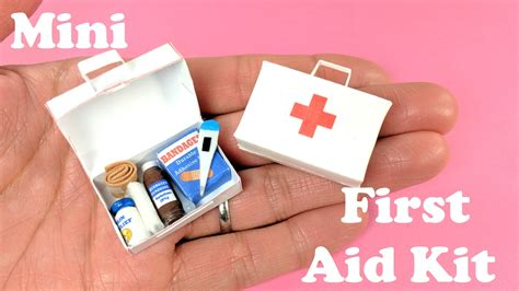 diy miniature  aid kit accessories band aids