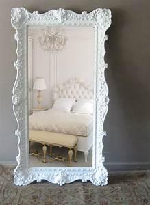 Miroir à Poser Au Sol : des miroirs poser au sol pour une d coration originale acheter pinterest le sol ~ Teatrodelosmanantiales.com Idées de Décoration