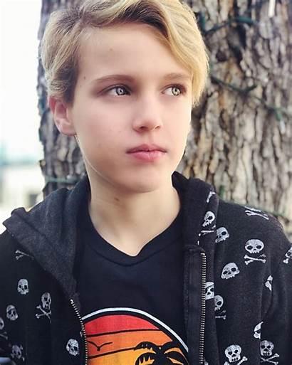 Lucas General Teen Idols