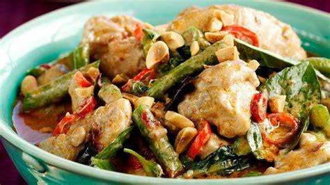 cuisine thailandaise traditionnelle recette de curry thaï au poulet l 39 express styles
