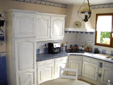 exemple de cuisine repeinte repeindre sa cuisine décoration forum vie pratique