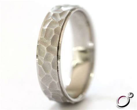 hammer effect gents wedding ring gwr022 perfect ring