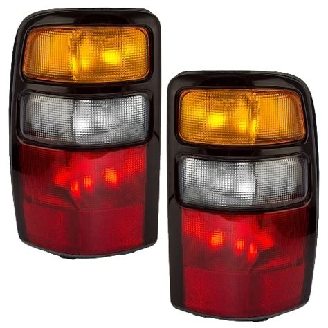 2005 chevy silverado tail light assembly chevy tahoe tail light assemblies at monster auto parts