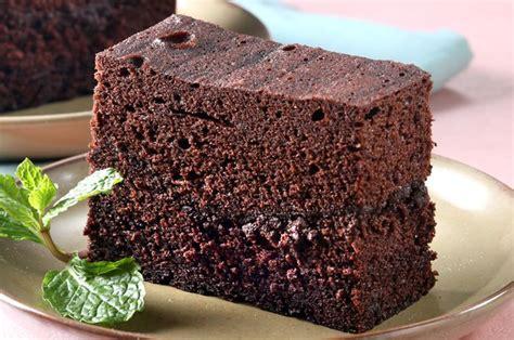 Kue keranjang kukus saus pandan yang manis dan harum pasti disukai banyak orang : Resep Kue Brownies Kukus Amanda | Resep Masakan Nusantara