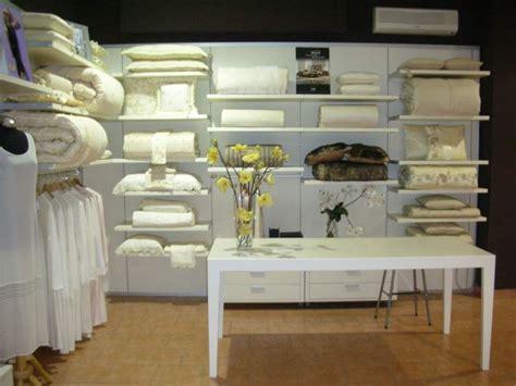 negozio mobili usati arredamento negozio abbigliamento o a trani kijiji