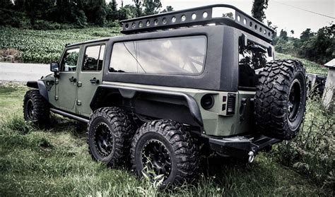 jeep wrangler chinese firm reveals 6x6 jeep wrangler dubbed the tomahawk