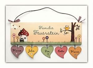 Türschilder Holz Familie : t rschild namensschild eule mit herz in pastell t r ~ Lizthompson.info Haus und Dekorationen