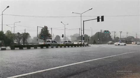 ฝนตกหนักหลังอากาศร้อนมาหลายวัน