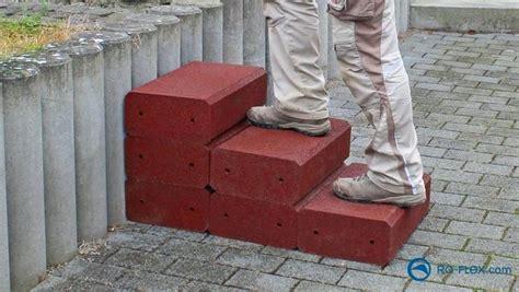 Beton Bausatz by Gartentreppe Bauen Anleitung Holz Berechnen Fundament