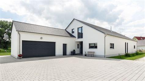 Garage Unterm Haus by Holzhaus Die Kunst Des Zimmermanns