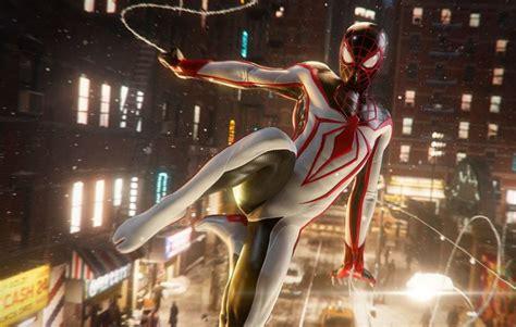 heres  closer     marvels spider man