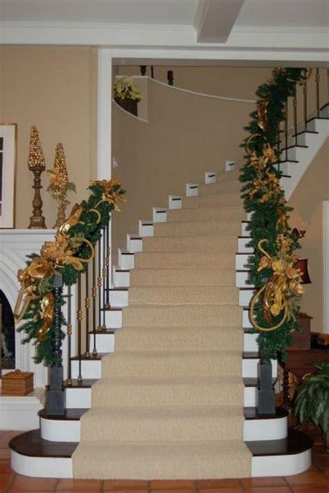 decorate  stairs  christmas  beautiful ideas