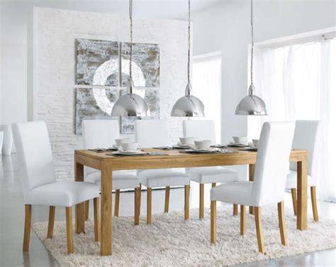 bureau en teck une table à dîner en teck massif pas chère chez maisons du