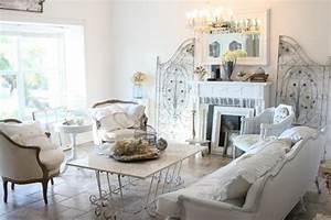 Shabby Chic Wohnzimmer : der shabby chic stil kann einem den atem rauben ~ Frokenaadalensverden.com Haus und Dekorationen