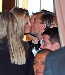 Leonardo DiCaprio is hooking up with old flame Toni Garrn ...