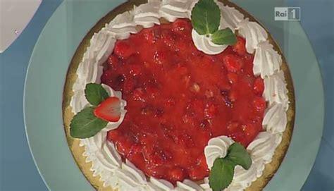 giardino di fragole la ricetta giardino di fragole la torta di oggi di
