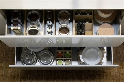 divisori cassetti cucina cucina senza pensili spazio soluzioni