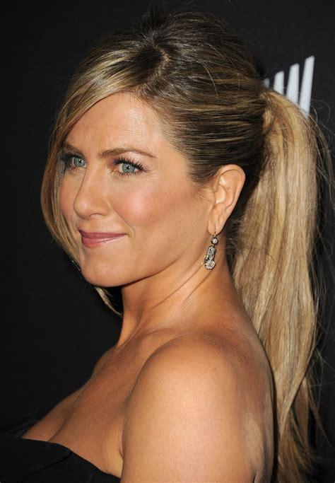 jennifer anistons hair evolution proves shes