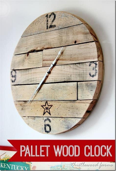 trash  treasure     pallet wood clock