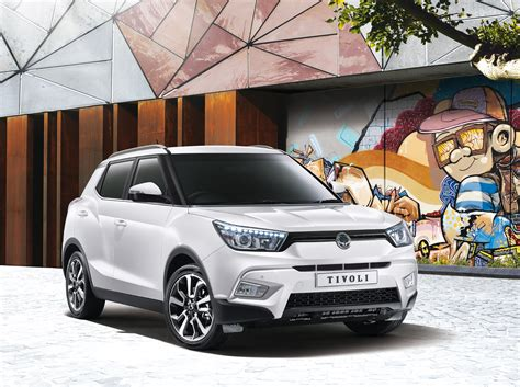 ssangyong tivoli crossover suv price specs  pictures