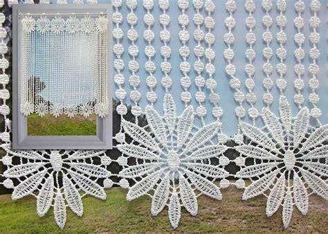 brise bise macrame ecru motif fleurs  perles rideau