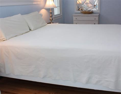 Cape Cod Linen Rental King Bed Sheet Options