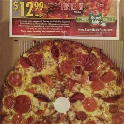 round table pizza menu prices round table pizza 64 photos 81 reviews pizza 4330