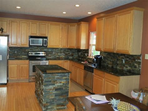 kitchen cabinets tips best 25 backsplash black granite ideas on 3267