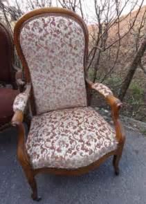 retapisser un fauteuil voltaire