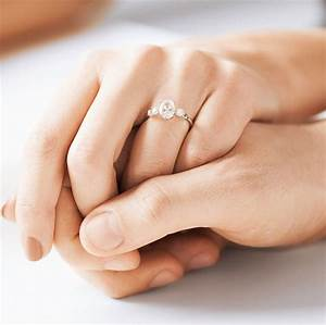 wedding ring on right hand with diamond rings on fingers With wedding ring goes on what hand