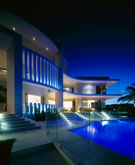 Luxury House In Surfers Paradise, Queensland, Australia