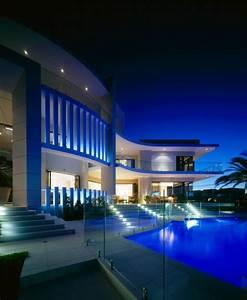 Luxury house in Surfers Paradise, Queensland, Australia ...