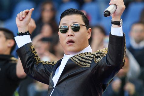 Psy Wins Viral Video Of The Year For 'gangnam Style' At