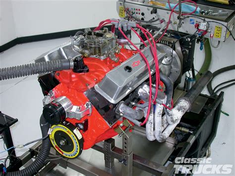 Small Block Chevy Engine by Low Budget Chevy 350 Small Block Engine Build Rod