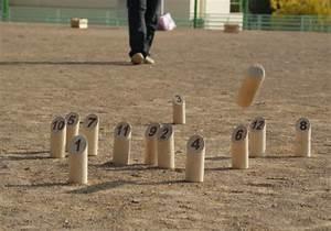 Jeu De Quilles Molkky : molkky jeu de quilles finlandais parc de loisirs ~ Melissatoandfro.com Idées de Décoration