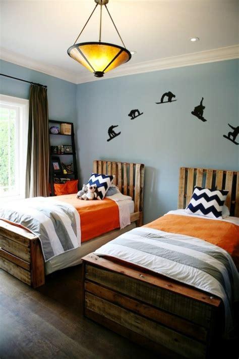 chambre deux lits chambre à coucher chambre garçon décoration tendances