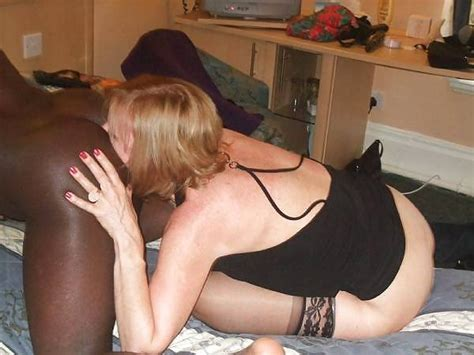 30 In Gallery White Wife Lick Black Ass Picture 4