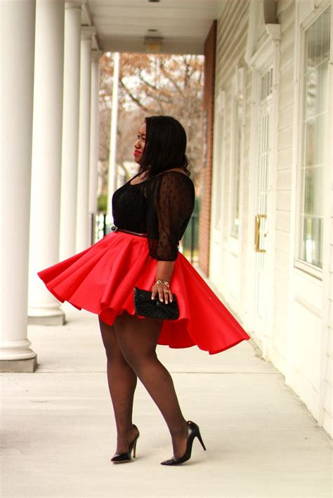 wear skater skirt  stylish winter accessories