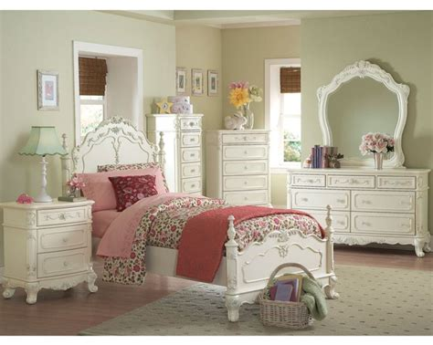17 Best Ideas About White Bedroom Furniture Sets On