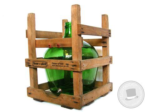 damigiana con rubinetto damigiana faser plast con supporto in legno e rubinetto