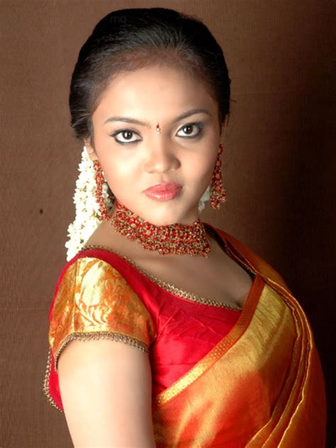 Nikhisha Hot tamil Actress Sexy Item Dancer Seducing In