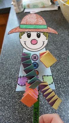 scarecrow pattern can use a photo of students for 373 | 48875c0640077c5c508da9688f057d35 scarecrow crafts scarecrows