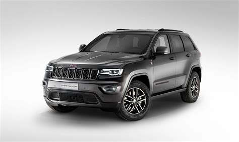 gray jeep grand cherokee 2017 2017 jeep grand cherokee will lead jeep s presence at