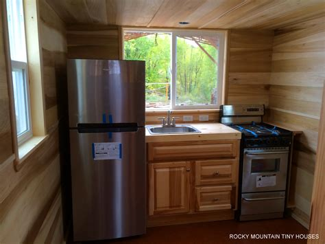 kitchen designs for small houses bayfield tiny house rocky mountain tiny houses 8011