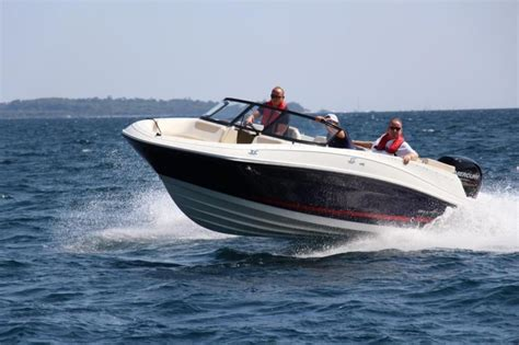 Bayliner Boat Prices by Bayliner Vr5 Boats For Sale Boats