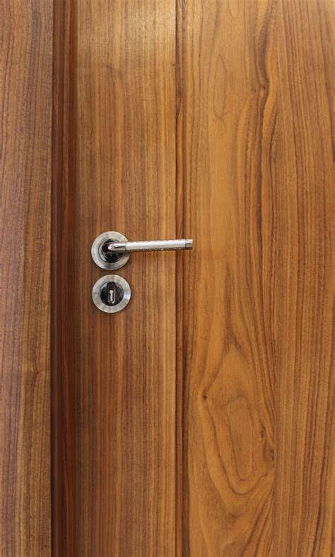 Shaker 1 Panel Walnut Door (40mm)   Internal Doors
