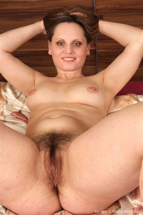 Chubby Mature Saxana Rubs Her Big Bush