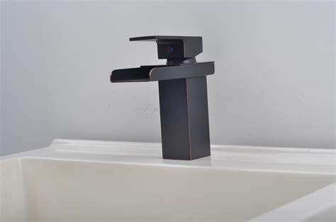 bathroom sink faucet  modern style single handle