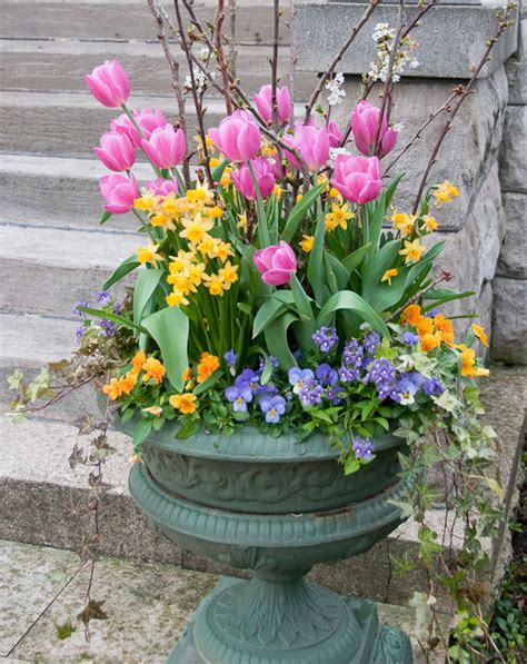 Top 12 Stunning Spring Planters  Garden Pics And Tips