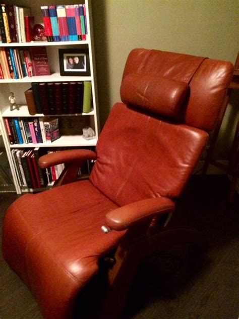 relax the back recliners zero gravity recliner human touch chair relax